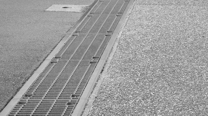 台南市全面清查側溝暫掛纜線 統一收費標準