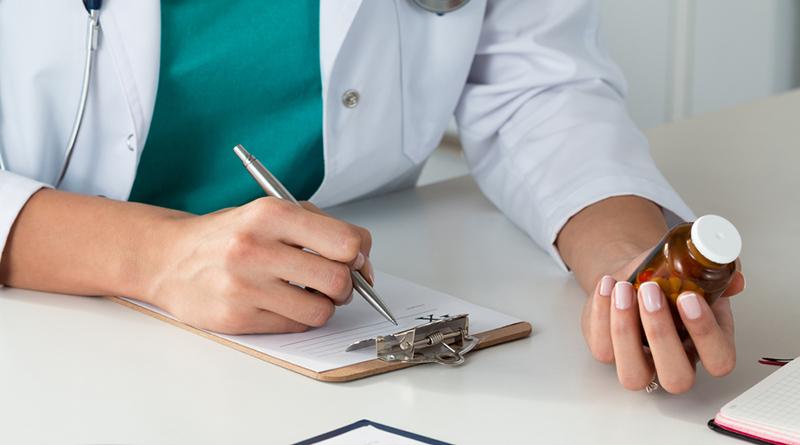 【蘇軒專欄】不會吧!你還回醫院領「慢性病連續處方箋」用藥嗎?