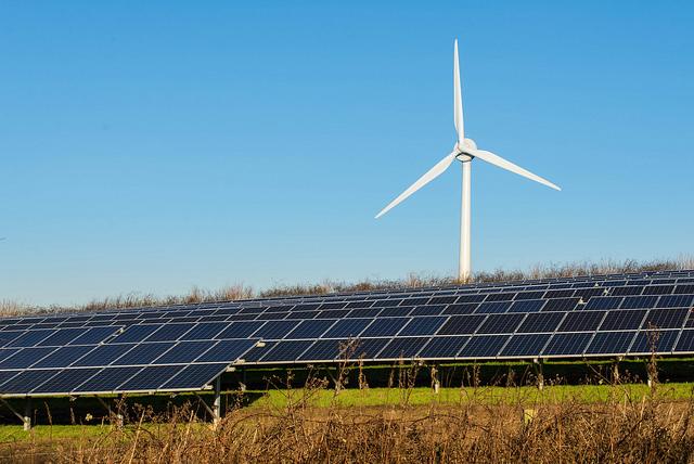 美國最佳可再生能源地點在這裡!風能、太陽能完美互補