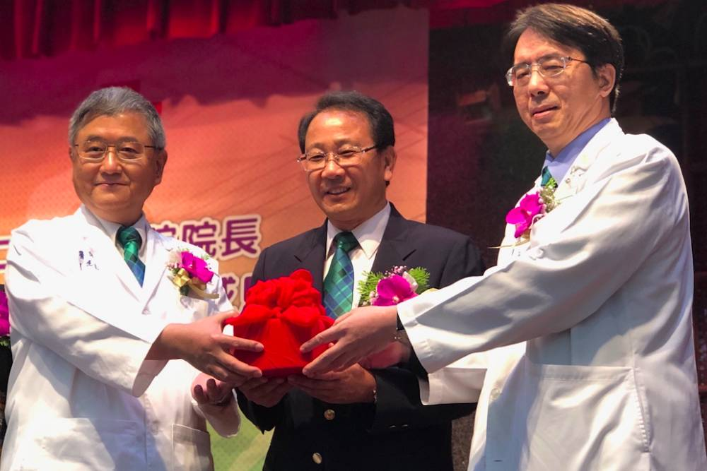 人事鬥爭「卡關」終落幕  乳癌名醫劉建良接馬偕總院長