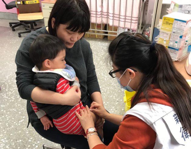 新北市衛生局有新招 一兼二顧 催打疫苗順便兒童保護