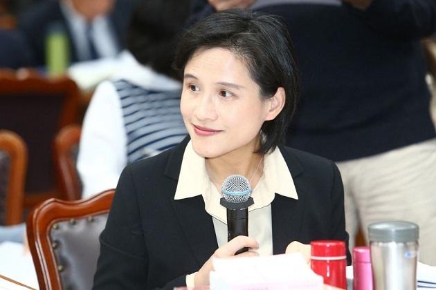 政院通過「國家語言發展法」 文化部推台語頻道