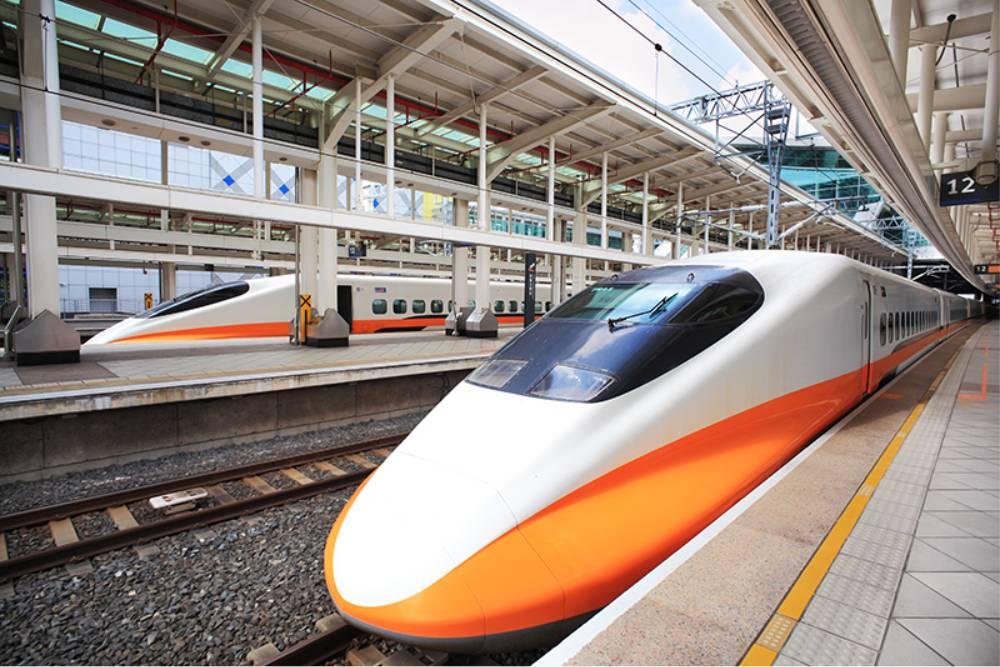 搭高鐵、台鐵、客運都得強制戴口罩 交通部明令:不配合就依法開罰!
