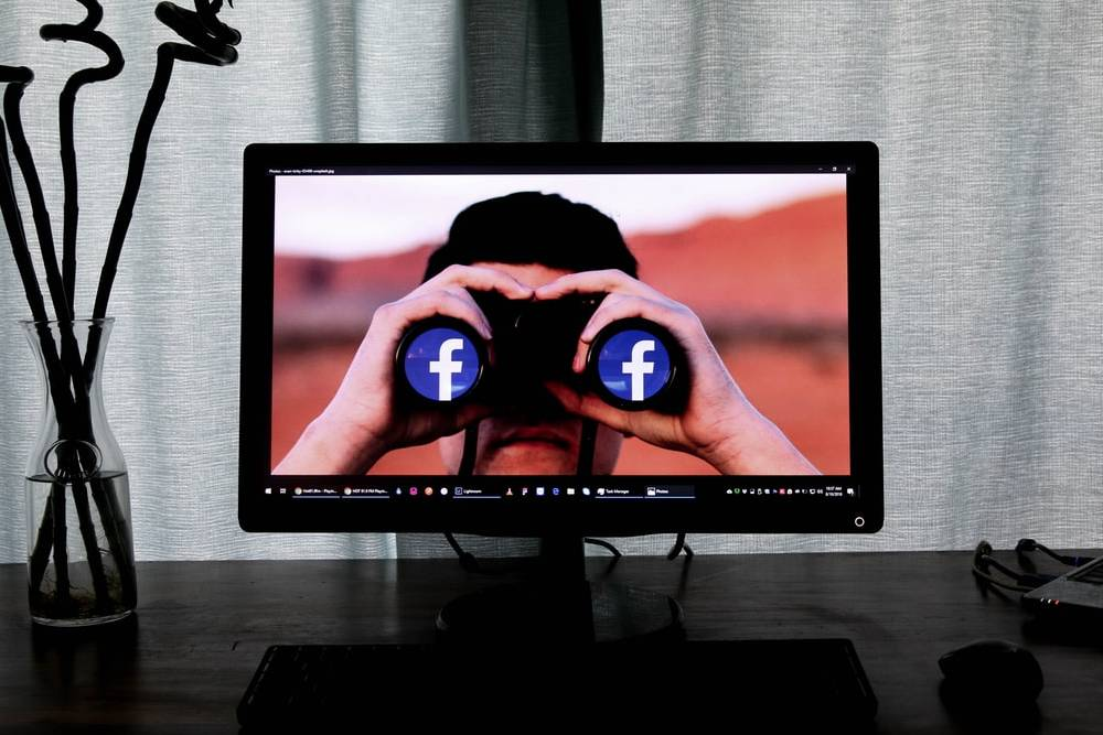 每天接觸暴力、自殺內容…內容審查員過半有創傷症候群 臉書賠償15億和解