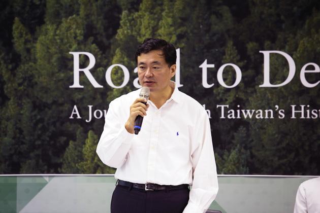 民進黨下一個三十年最大任務 洪耀福:捍衛鞏固台灣民主