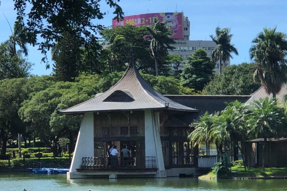 台中公園百年湖心亭明年啟動修復工程