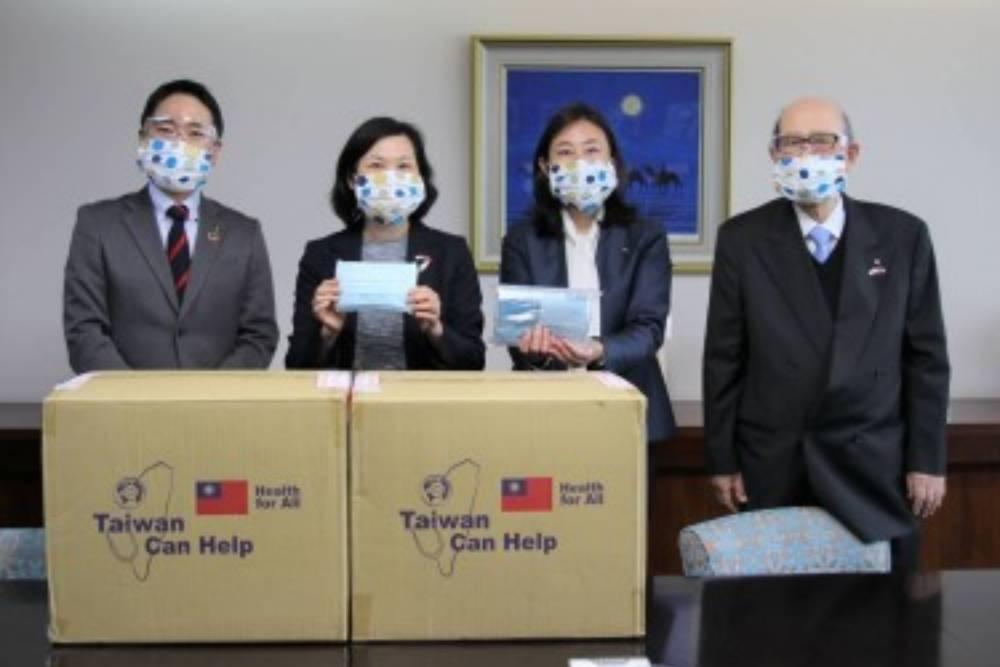 【胡文琦專欄】 台灣還在口罩或防護衣的檔次徘徊?
