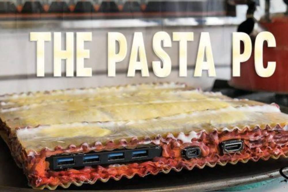 不要玩食物!國外Youtuber讓玩笑成真 用「義大利麵」打造電腦外殼