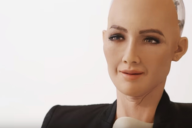 最像真人的機器人Sophia獲沙國籍 虧馬斯克太怕人工智慧