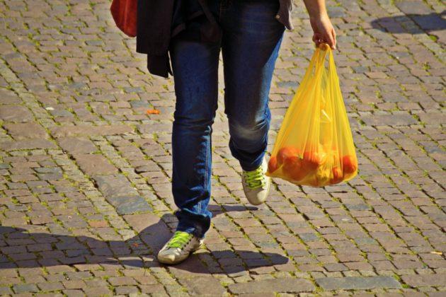 真有效!澳洲超市禁塑令上路三個月 全國塑膠袋用量減八成