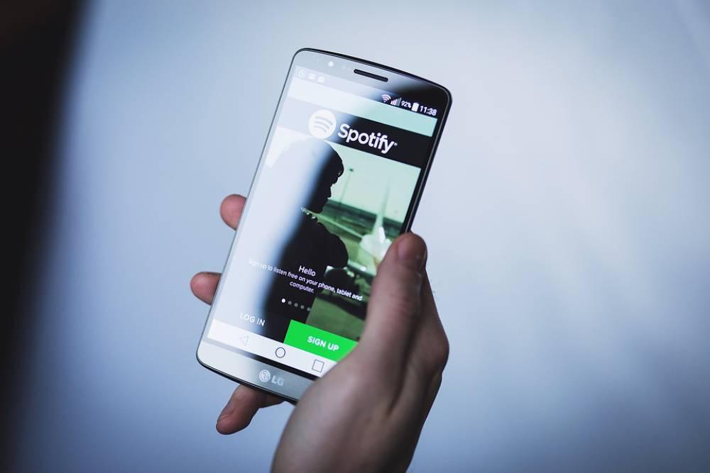 Apple Music當心了!Spotify傳推新功能 好友可以0時差一起聽音樂