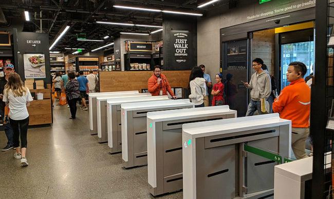 Amazon開發全新支付技術 靠掃描「手的形狀大小」就可以快速購物!