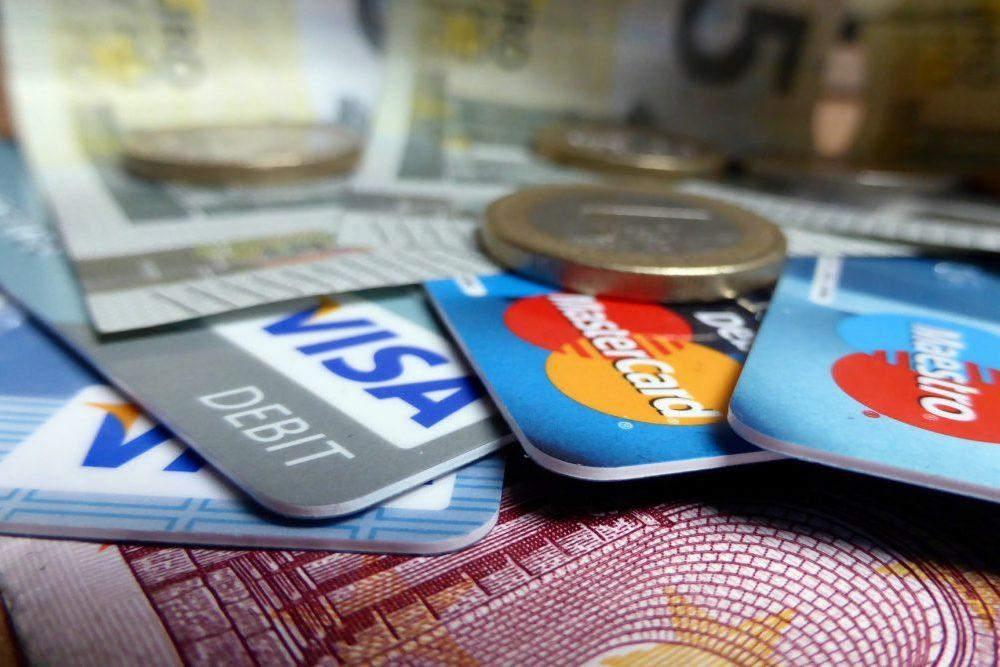 2018行動支付戰開打(二):用手機嗶一下付錢?台灣人還是愛現金、信用卡