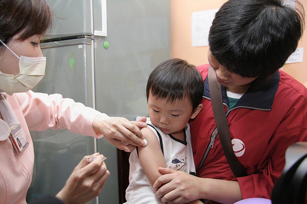 流感疫苗「打」氣旺、供貨吃緊 叫車也推乘車優惠搭熱潮