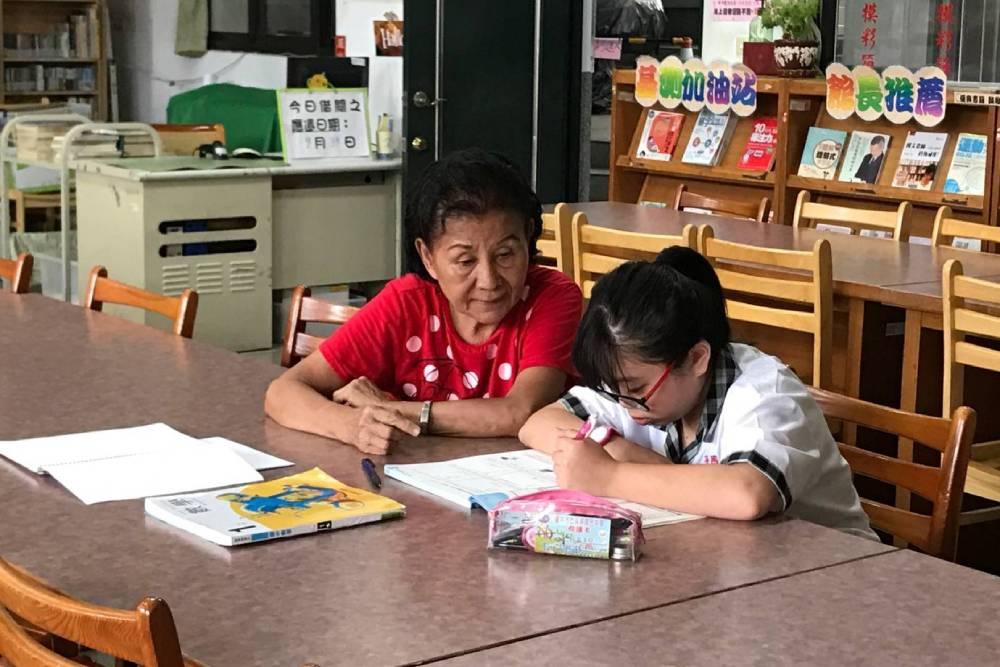 台中3位退休教師榮獲今年教育奉獻獎