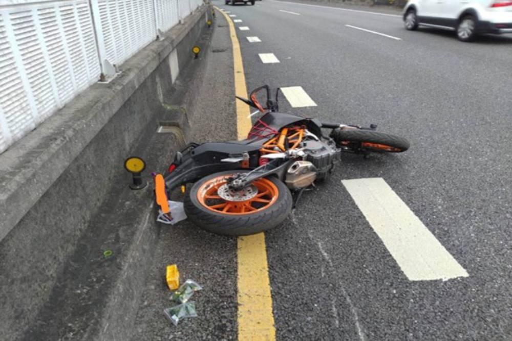 重機看過來 環東大道重機撞護欄造死亡車禍 警公布易肇事路段