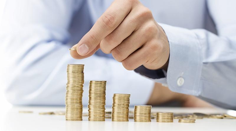 行政院首公布薪資中位數 一半勞工月薪破4萬