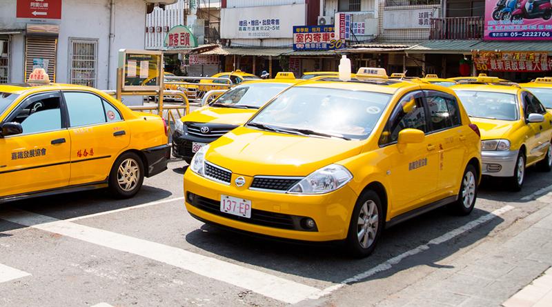 多元計程車年底上路 網友:車資貴不如搭Uber