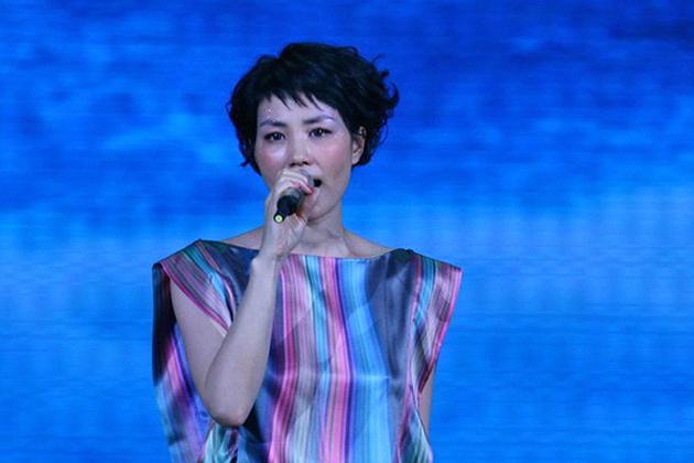 謝霆鋒將為王菲演唱會打造VR 360度直播