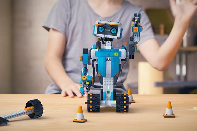 【CES 2017】樂高Lego Boost:專屬小孩子的程式機器人