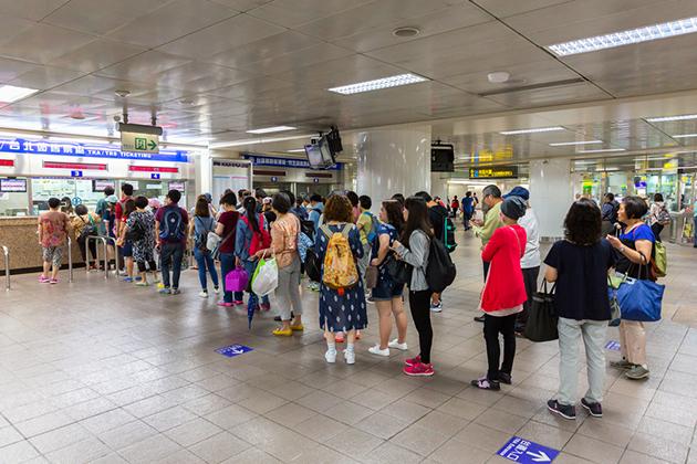 【總整理】228連假將至!高鐵、台鐵、客運資訊報你知