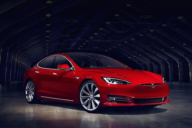 Tesla升級自動駕駛規格 一度壓通用成全美第一