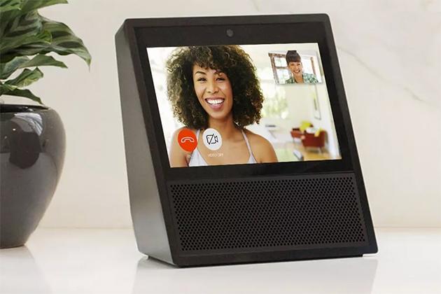 Amazon Echo Show搭載觸控螢幕,成為可視訊的家用電話
