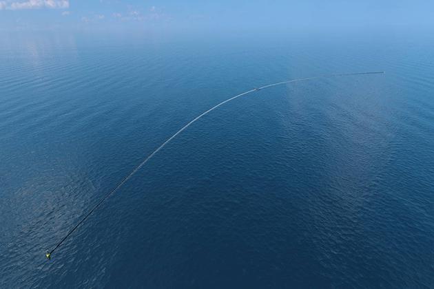 解救塑膠汙染一線曙光?「海洋吸塵器」一年內啟動