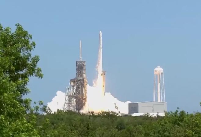 太空人謝謝SpaceX!滿滿冰淇淋抵達ISS