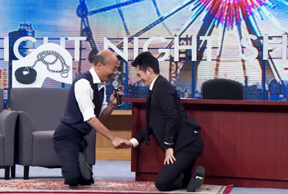 韓國瑜「盤腿用膝蓋走路」遭蔡英文嗆爆 精神科醫生曝他的真實動機