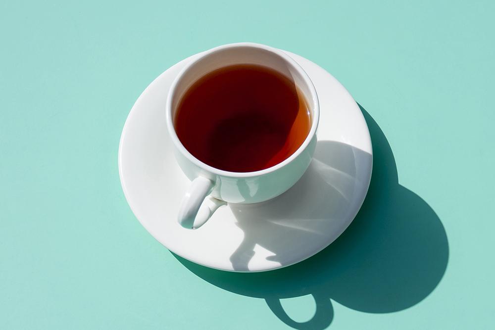 喝膩了瓶裝飲料和手搖杯嗎?來自製一杯黃金比例冷泡茶吧!
