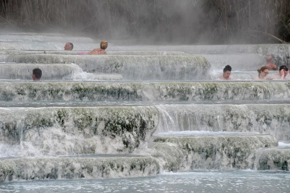 日本花20年蒐集中老年人洗澡習慣數據 研究:天天泡熱水澡可降低35%心血管疾病發生率