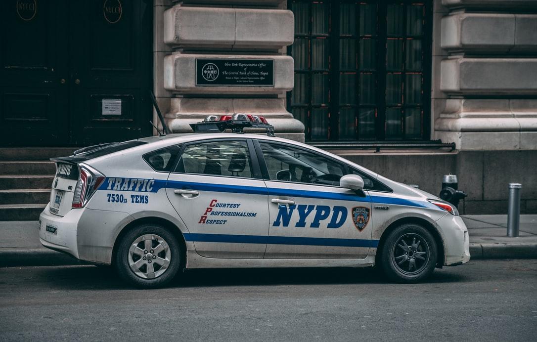 警探迷注意!NYPD自製犯罪節目《破案》 重塑警察形象