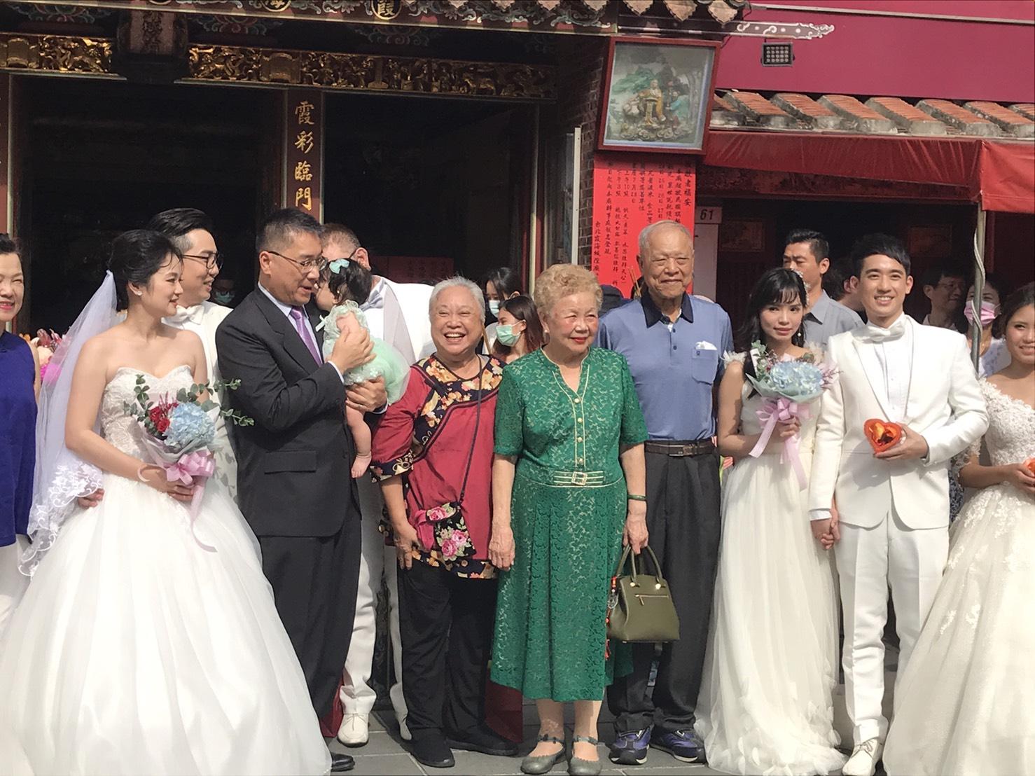 牽你的手!在大稻埕拍婚紗 在寧夏夜市辦婚宴