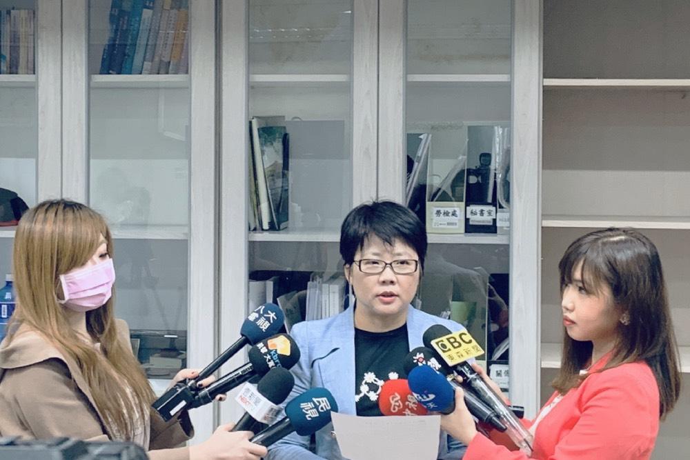 北市勞動局:聘僱外籍生應查驗證件  違規者將面臨巨額罰款