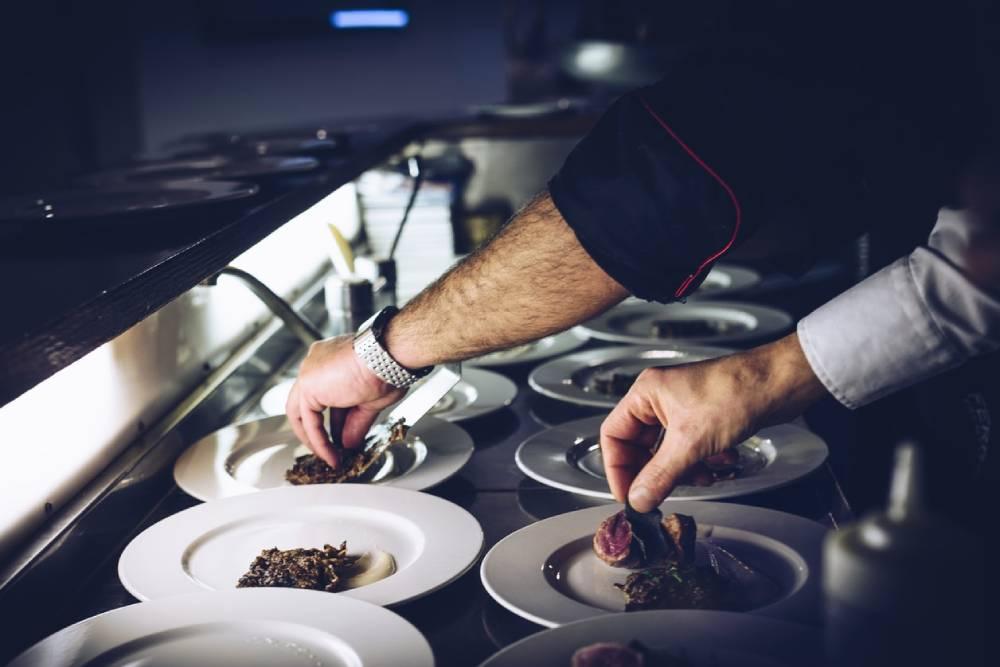 人工智慧也能成為「小當家」?AI下廚當幫手 炒出神級料理