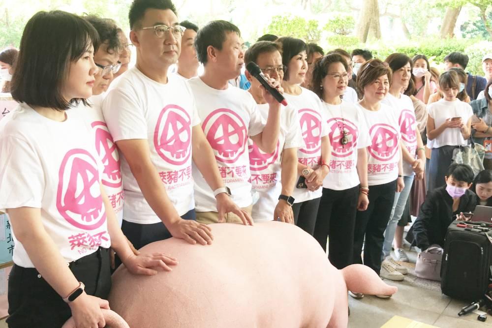 朝野拒放水 美豬開放確定從行政命令改交立院各委員會審查