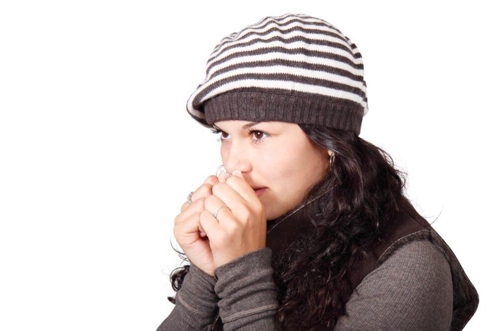 氣溫急速轉涼!自救3招  多帶「一條小圍巾」能保氣喘不發作