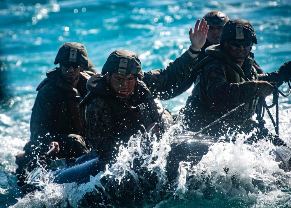 美陸戰隊來台授突擊舟快艇滲透作戰 提升我軍特戰能量