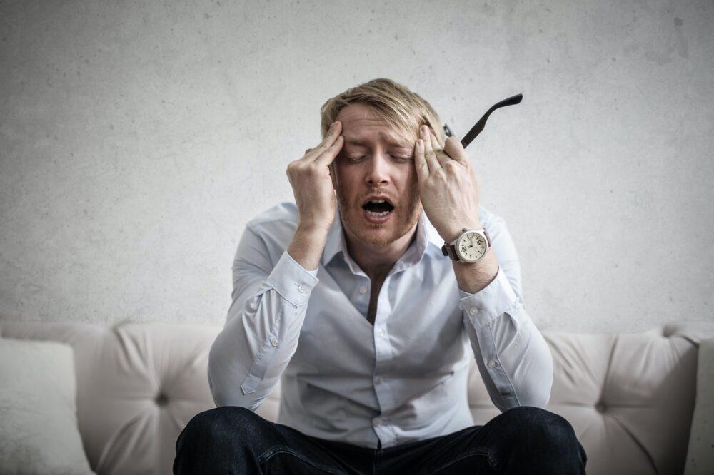 感冒後鼻塞、頭痛欲裂?  當心「鼻腔」還有更大麻煩等著你