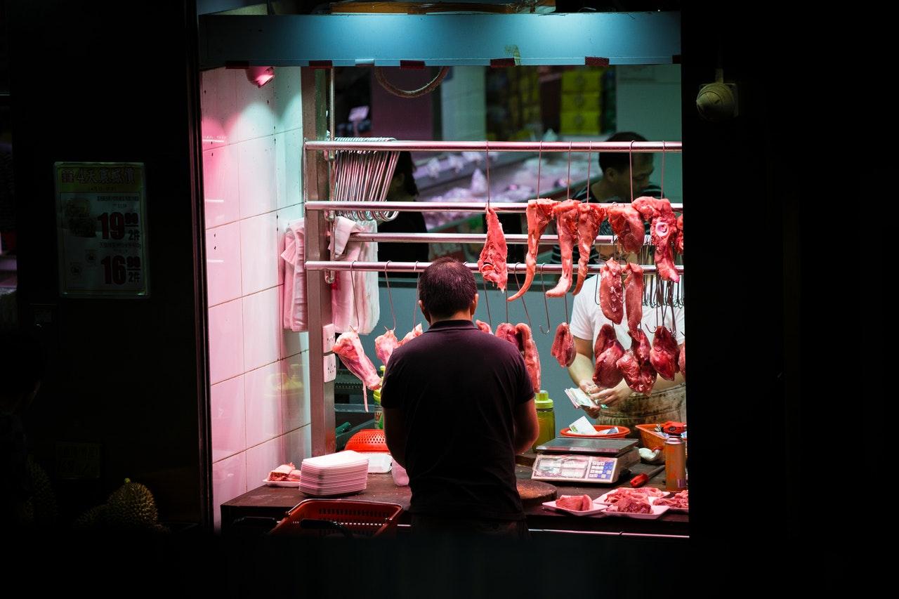 美豬要來了!最高喊罰4百萬  豬肉等20項食品明年強制標示原產地