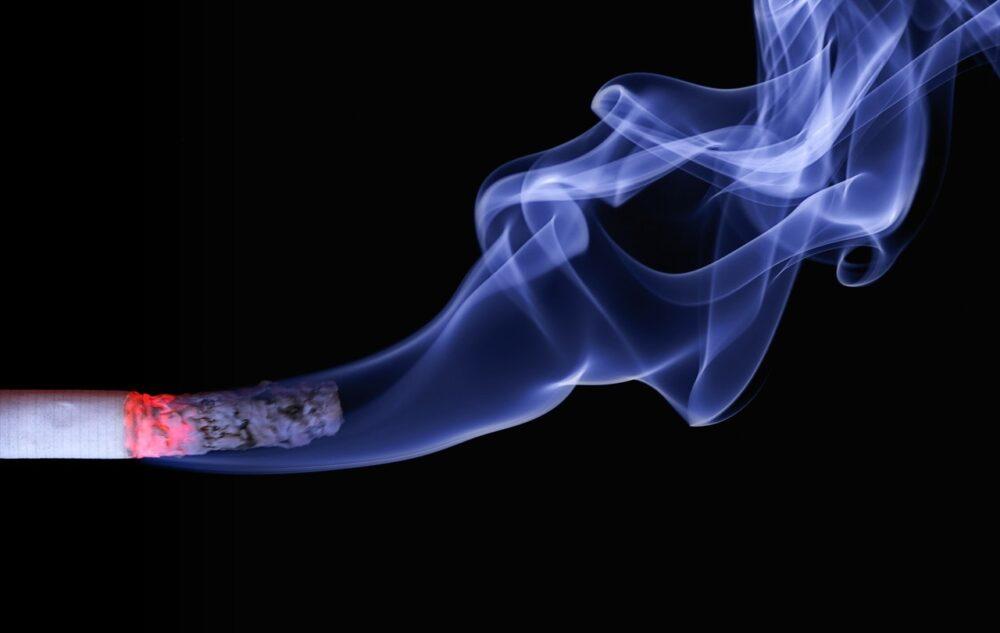 冬天預防心血管疾病  只要戒菸1年「冠狀動脈心臟病機率減一半」
