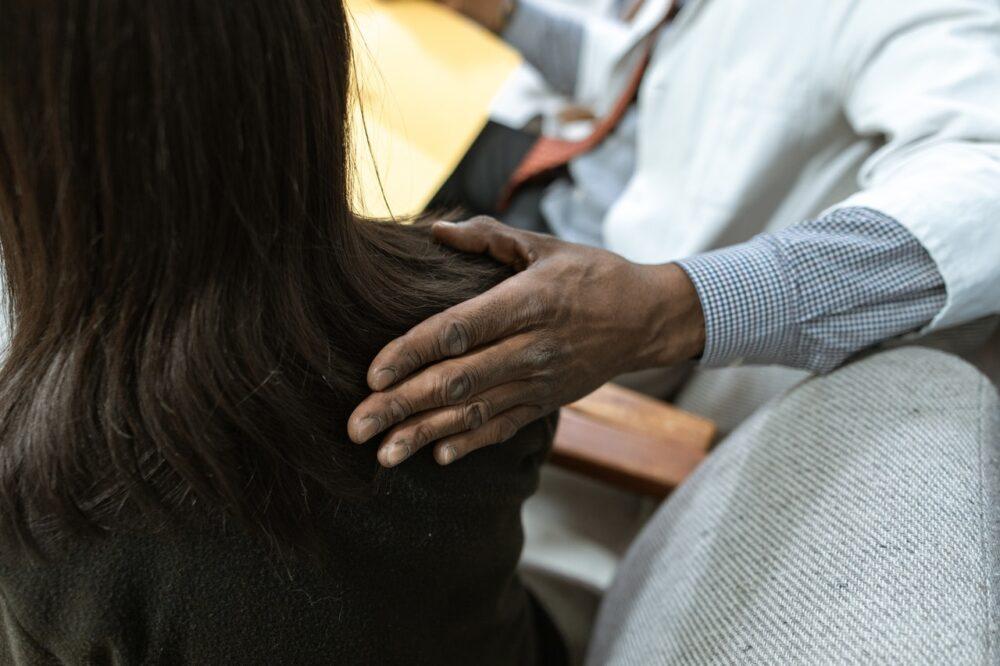 罹患乳癌好「累」?不是妳的問題  這是一種需治療的疾病!