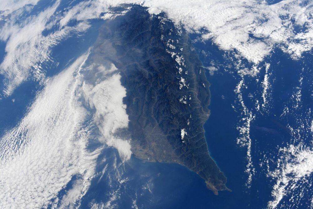 日籍太空人分享南台灣太空美照 陳其邁具名感謝並邀請來訪