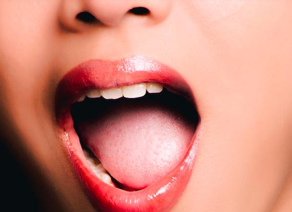 口腔癌常悄悄的來!  醫師教你趁刷牙時看懂「癌來了」5大徵兆