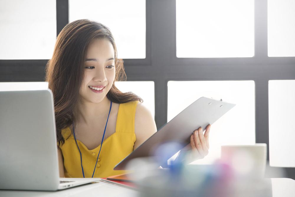 加薪靠自己最實在!最新調查:台灣斜槓族平均月收多一萬六