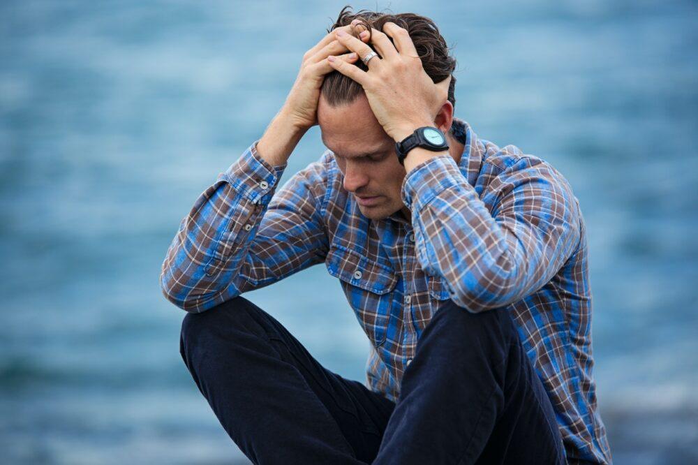 疫情引爆焦慮、憂鬱失去判斷力?  專家教你這樣做甩開情緒風暴