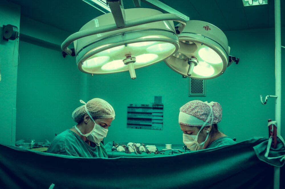 萬分之一的不幸運!他手術中心跳突停止  原來是麻醉引過敏性休克