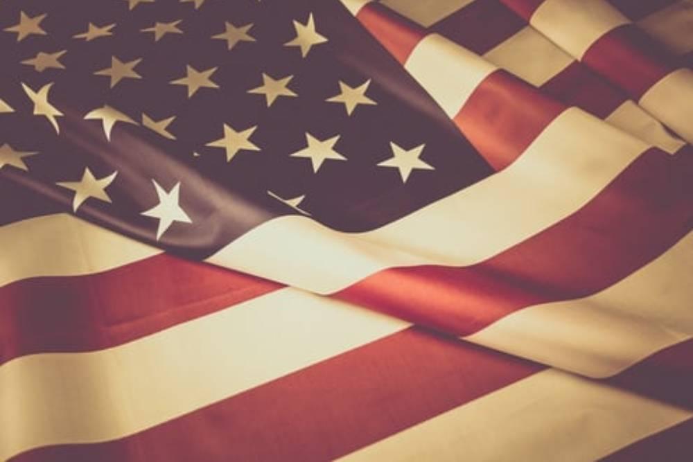 【雁默專欄】中美2+2,摸著石頭過河的美國,摸到大白鯊