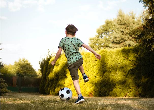 運動助孩子肌肉、大腦發育!多早開始?  答案最好從2歲就開始